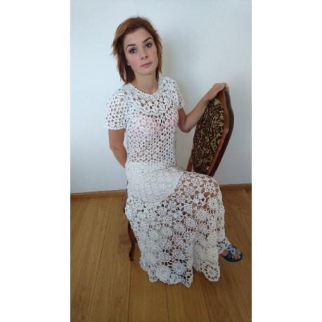 Suknia koronkowa Koni-art 002