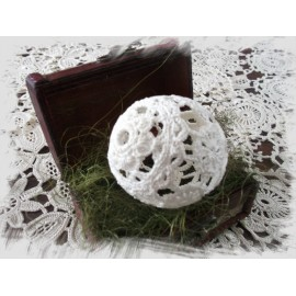 Koronkowe jajko Wielkanocne Koni-art 004
